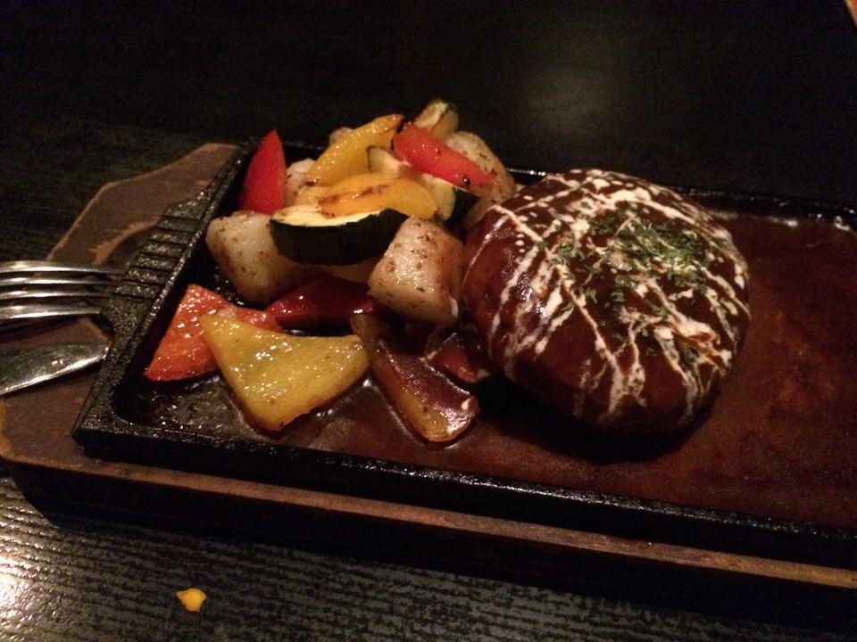 ハンバーグステーキ 1,080円