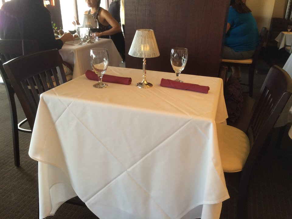 ハッピーアワー用テーブル