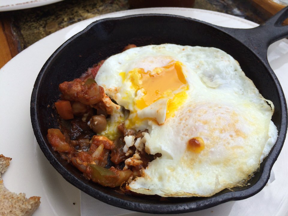Moroccan Eggs モロッコ風卵料理 $16