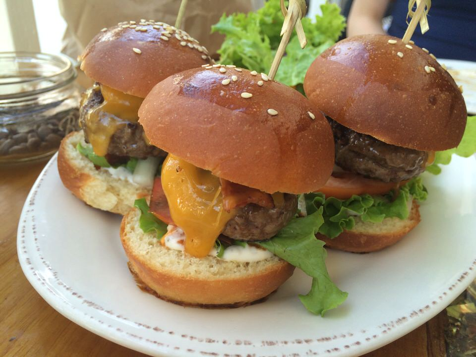 Beef Sliders $16