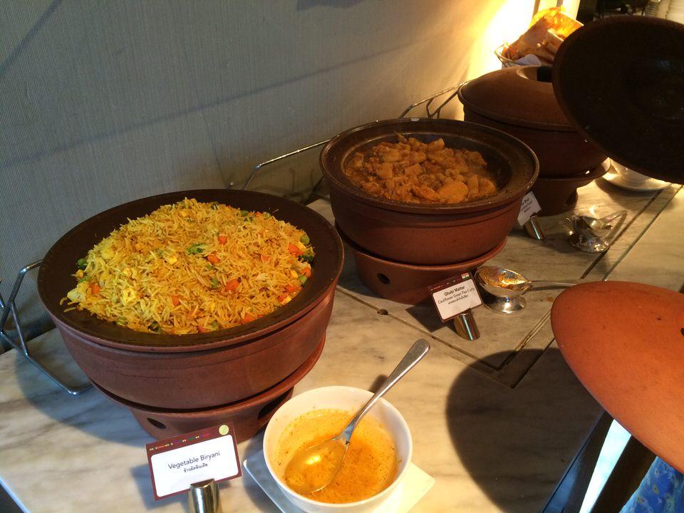 ビリヤニと野菜のカレー