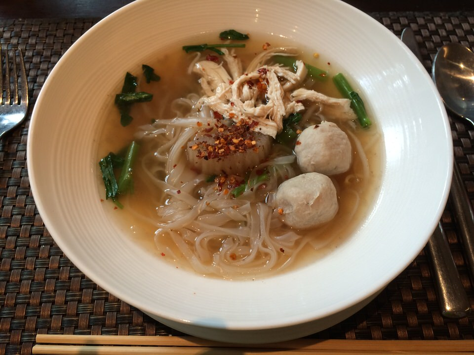チキン+米麺