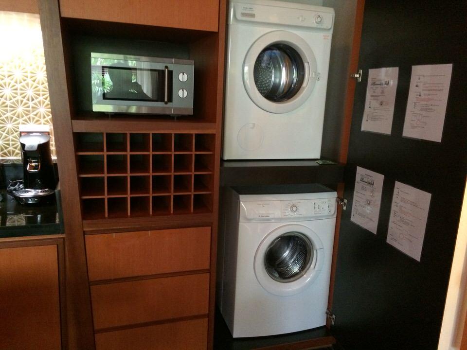 電子レンジに洗濯機と乾燥機