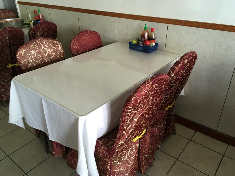 マイラン・ベトナミーズ・レストラン テーブル席