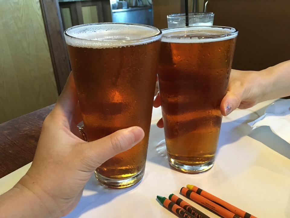 シエラネバダ (Sierra Nevada) $7.00 で乾杯!