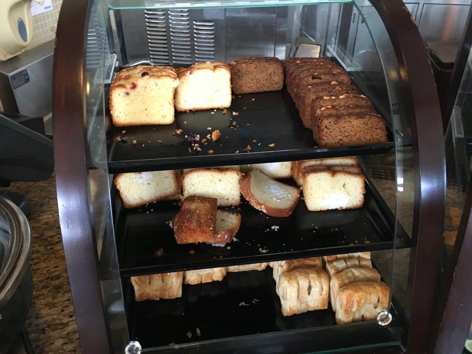 菓子パン類