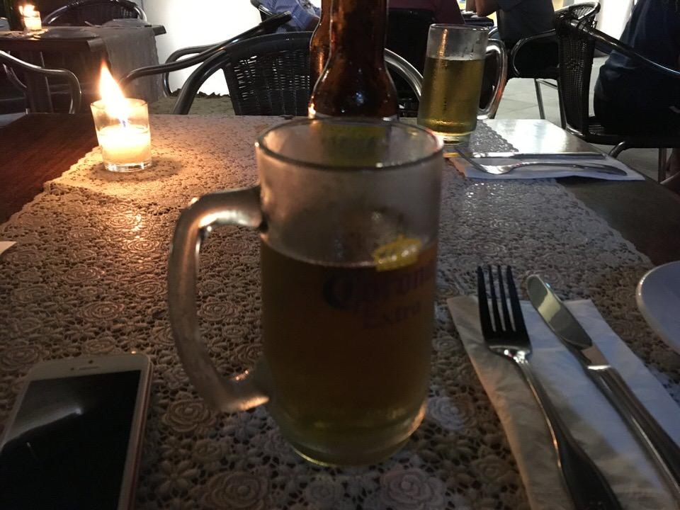 Pacifico 45ペソで乾杯!