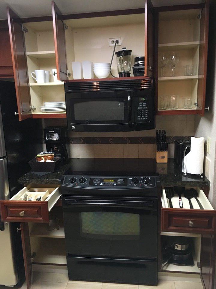 食器や調理器具もフル装備