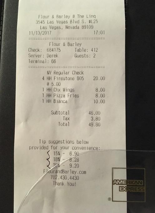 お会計は税込みで49.8ドル