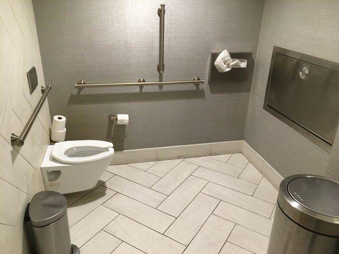 シアトルのセンチュリオンラウンジのトイレ