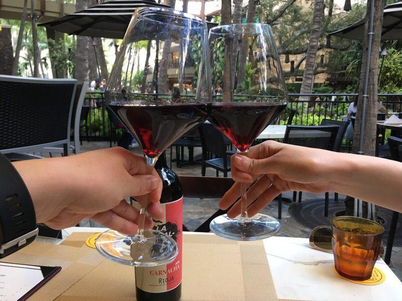シメの6ドルの赤ワイン