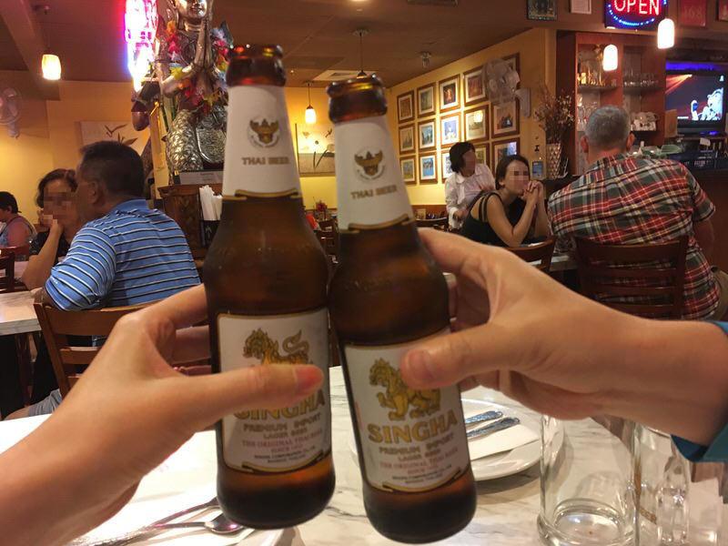 シンハービール 5.5ドルで乾杯!