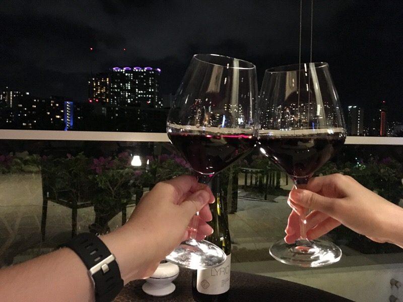一番安いボトルワインで乾杯!