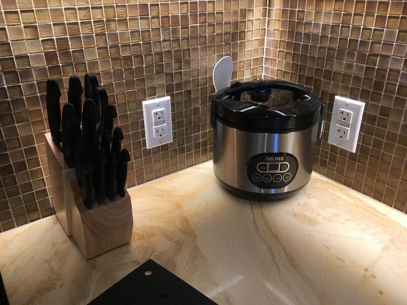 炊飯器とナイフセット