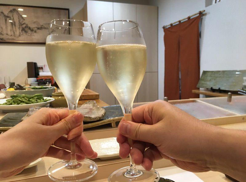 スパークリングワインで乾杯!
