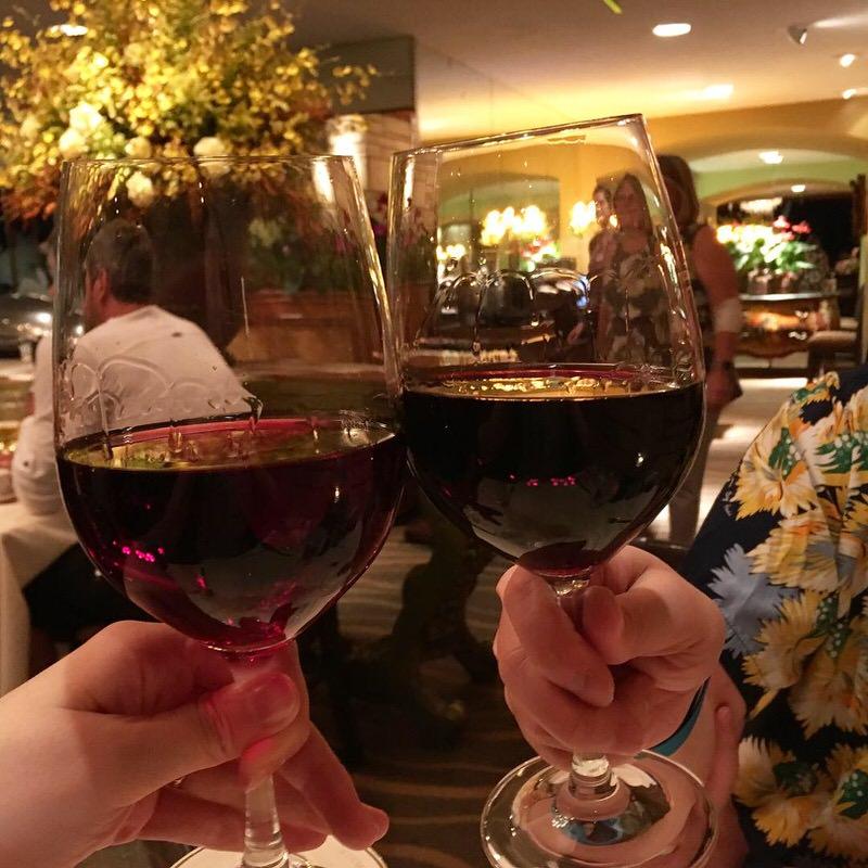 3杯目は赤ワインで乾杯!
