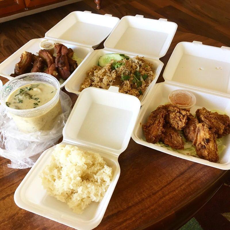 DoorDashで注文したSAB THAIの料理