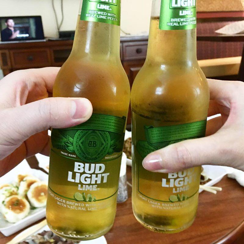 バドライトライムで乾杯!
