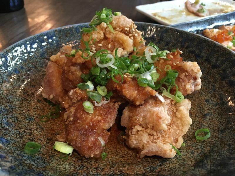 竜田揚げ・油淋鶏ソース 7ドル (通常10ドル)
