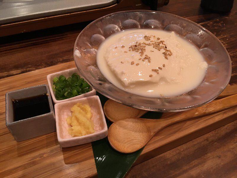 2品目:ホームメイド冷製アロハ豆腐 (Homemade Cold Aloha Tofu)