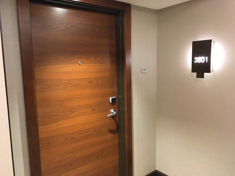 3801号室入り口