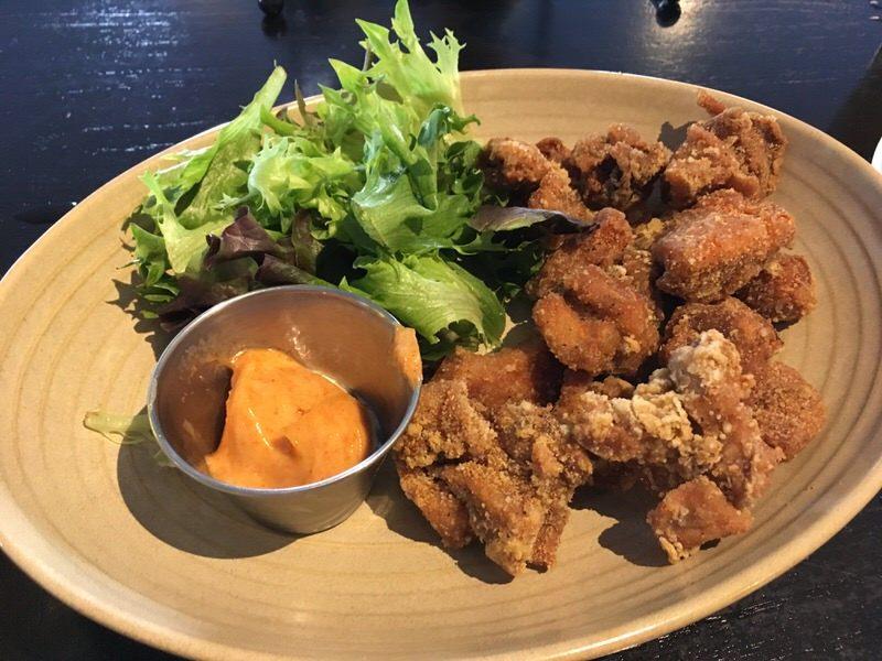 クリスピーフライドチキン Crispy Fried Chicken 9ドル (通常16ドル)