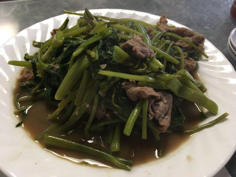 牛肉と空芯菜の炒めもの Stir Fried Beef Ong Choi 11.5ドル