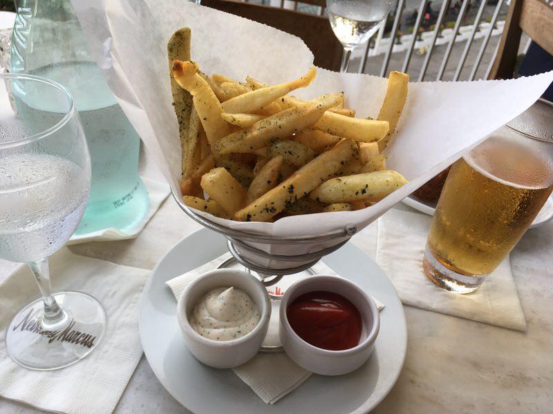Hurricake Fries (ふりかけフライ) 6ドル