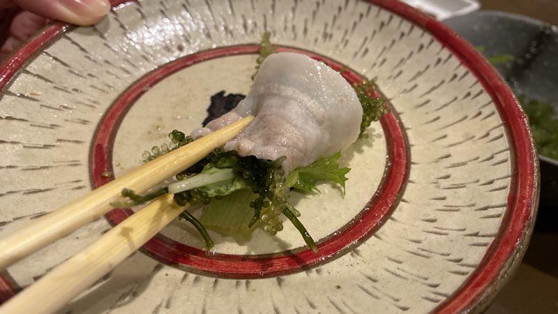 金武アグーバラ肉の海ぶどう巻き